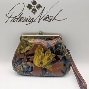 NWOT Patricia Nash Savena Leather Clutch Wristlet